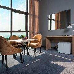 Гостиница Beton Brut 4* Люкс повышенной комфортности с двуспальной кроватью фото 2