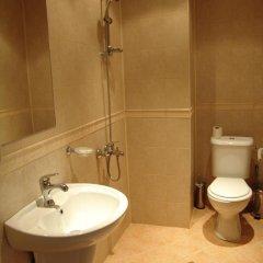 Отель Zasheva Kushta Guesthouse Банско ванная фото 2