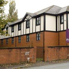 Отель Premier Inn Manchester - Swinton парковка
