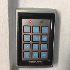 Отель Kamway Lodge США, Нью-Йорк - отзывы, цены и фото номеров - забронировать отель Kamway Lodge онлайн сейф в номере