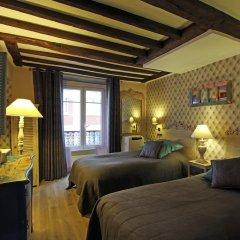 Отель Eiffel Tower Flats Париж комната для гостей фото 2