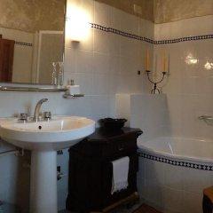 Отель Tetti Rossi Реггелло ванная