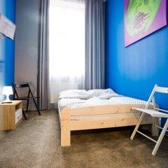 Moon Hostel Стандартный номер с двуспальной кроватью