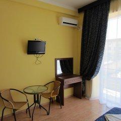 Гостиница Мандарин 3* Стандартный номер с двуспальной кроватью фото 8