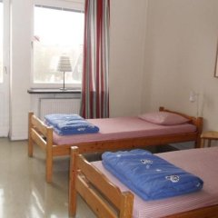 Отель Stf Hostel Malmo Eriksfalt Швеция, Мальме - отзывы, цены и фото номеров - забронировать отель Stf Hostel Malmo Eriksfalt онлайн комната для гостей фото 2