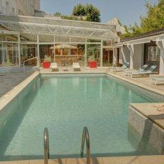 Hotel Arles Plaza Арль бассейн фото 2