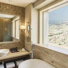 Millennium Plaza Hotel 5* Улучшенный номер с 2 отдельными кроватями фото 4