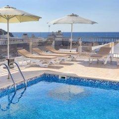 Отель Duquesa Playa бассейн