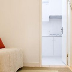 Отель Rent4days Oliveirinha Apartments Португалия, Лиссабон - отзывы, цены и фото номеров - забронировать отель Rent4days Oliveirinha Apartments онлайн комната для гостей фото 2