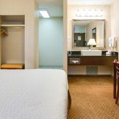 Отель Econo Lodge South Calgary Канада, Калгари - отзывы, цены и фото номеров - забронировать отель Econo Lodge South Calgary онлайн удобства в номере фото 2