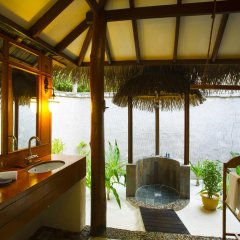 Отель Medhufushi Island Resort 4* Вилла с различными типами кроватей фото 2
