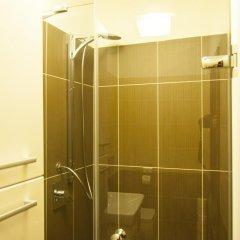 Отель Cherry Charm Apartment Чехия, Прага - отзывы, цены и фото номеров - забронировать отель Cherry Charm Apartment онлайн ванная
