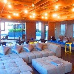 Отель The Base Pattaya by Smart Delight Паттайя комната для гостей фото 4