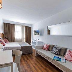 Отель Aparthotel Ponent Mar Студия комфорт с двуспальной кроватью