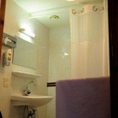 Hotel Vijaya 2* Стандартный номер с двуспальной кроватью фото 5