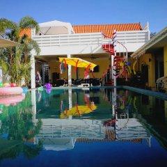 Отель Barefeet Naturist Resort бассейн фото 2
