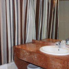 Floris Hotel Arlequin Grand-Place 3* Улучшенный номер с различными типами кроватей фото 3