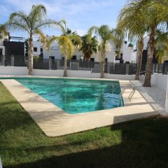 Отель Villamartin бассейн