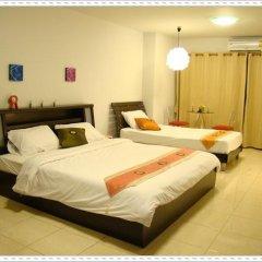 Pattaya 7 Hostel Стандартный номер с разными типами кроватей (общая ванная комната) фото 3