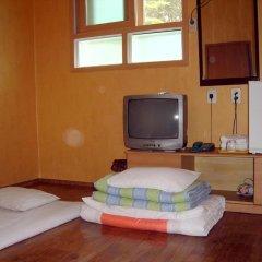Отель Gyerim Guest House 2* Стандартный номер с различными типами кроватей фото 4