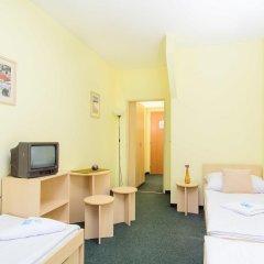 Hotel Brilliant 3* Стандартный номер с различными типами кроватей