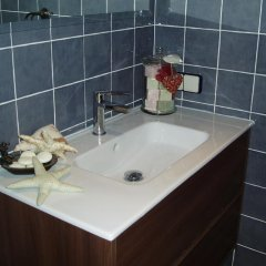 Отель El Pomer Рибес-де-Фресер ванная