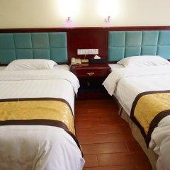Отель Guangdong Oversea Chinese Hotel Китай, Гуанчжоу - отзывы, цены и фото номеров - забронировать отель Guangdong Oversea Chinese Hotel онлайн комната для гостей фото 5