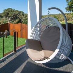 Отель Mas Tapiolas Suites Natura 4* Люкс с различными типами кроватей фото 19