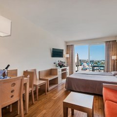 Отель Aparthotel Ponent Mar Улучшенная студия с двуспальной кроватью фото 6