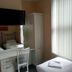Manor Hotel 2* Стандартный номер с 2 отдельными кроватями фото 3