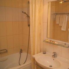 Гостиница Пионер Люкс в Саратове 8 отзывов об отеле, цены и фото номеров - забронировать гостиницу Пионер Люкс онлайн Саратов ванная фото 2