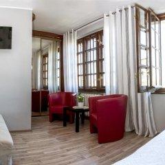 Отель 4 Friendshostel Улучшенные апартаменты фото 4