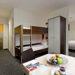 Отель Jugendherberge Düsseldorf Стандартный номер с различными типами кроватей фото 10