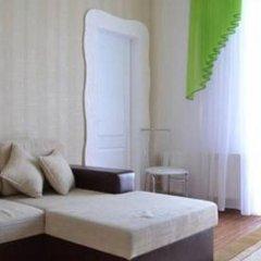 Апартаменты Apartments Near Central Avenue комната для гостей