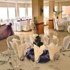 Отель Flamingo Beach Hotel Кипр, Ларнака - 13 отзывов об отеле, цены и фото номеров - забронировать отель Flamingo Beach Hotel онлайн помещение для мероприятий