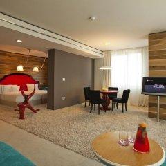 Graffit Gallery Design Hotel 5* Люкс с разными типами кроватей фото 3