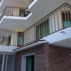 Отель Gloria Holiday House балкон