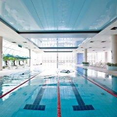Отель Mayfield Suites бассейн