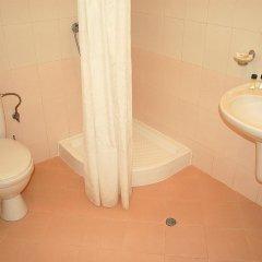 Отель Flores Park Apartments Болгария, Солнечный берег - отзывы, цены и фото номеров - забронировать отель Flores Park Apartments онлайн ванная фото 2