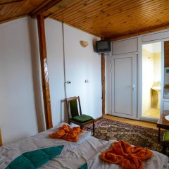 Отель Topuzovi Guest House Стандартный номер с двуспальной кроватью фото 8