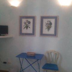 Отель Residenza il Maggio Стандартный номер с двуспальной кроватью фото 17