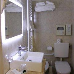 Отель City 3* Стандартный номер с разными типами кроватей фото 6