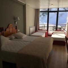 Hotel Edelweiss Candanchu комната для гостей фото 4