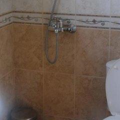 Отель Ashton Hall Болгария, Солнечный берег - отзывы, цены и фото номеров - забронировать отель Ashton Hall онлайн ванная