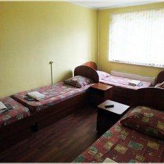 Гостиница Вояж-Бутово Стандартный семейный номер с двуспальной кроватью фото 6