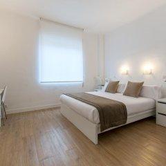 Отель NeoMagna Madrid 2* Улучшенный номер с различными типами кроватей фото 9