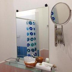 Мини-отель Лира Номер Комфорт с двуспальной кроватью фото 15