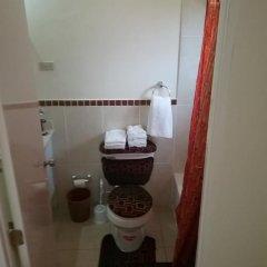 Отель Olliviere' s Garden Retreat ванная фото 2