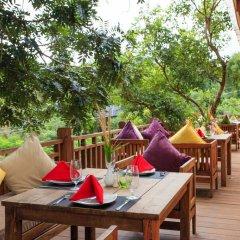 Mayura Hill Hotel & Resort питание фото 3