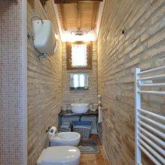 Отель Casale del Monsignore Сполето ванная